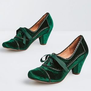 ModCloth velvet oxford heels holiday shoes